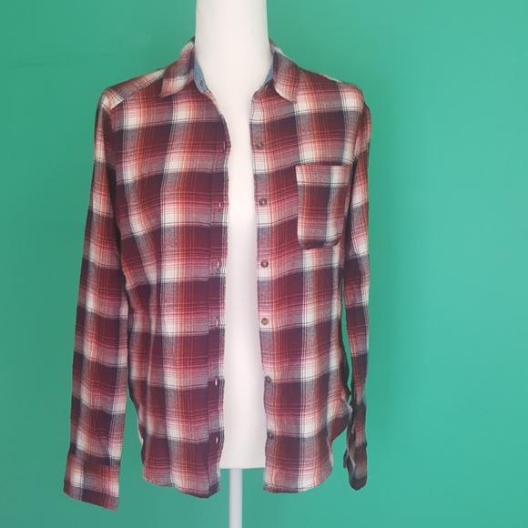 Hollister Tops - Hollister XS Flannel Shirt